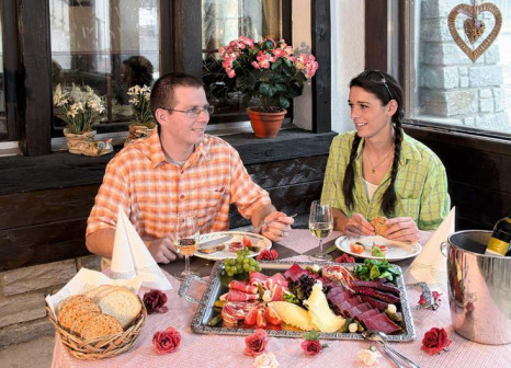 Hotel-Restaurant Bergheimat & Appartmenthaus Moonlight 4 Bewertungen - Bild von alltours
