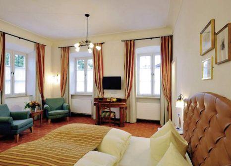 Hotelzimmer im Hotel Gut Ising günstig bei weg.de