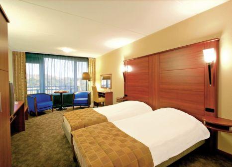 Hotelzimmer mit Mountainbike im Hotel Zuiderduin