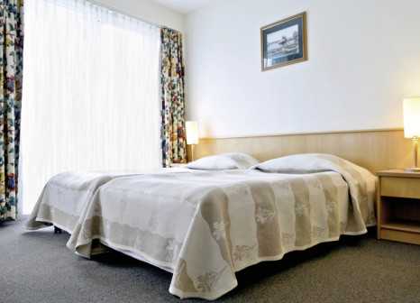 Hotelzimmer im Hotel Senator günstig bei weg.de