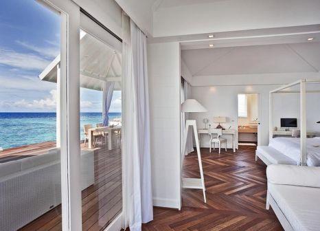 Hotelzimmer mit Volleyball im Diamonds Thudufushi