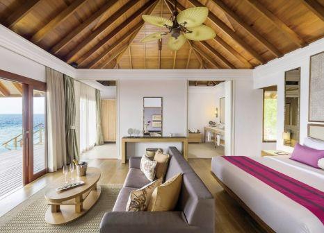 Hotelzimmer mit Mountainbike im Dusit Thani Maldives