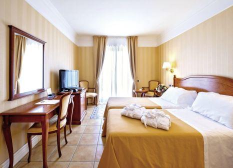 Hotelzimmer mit Tischtennis im Hotel Dioscuri Bay Palace