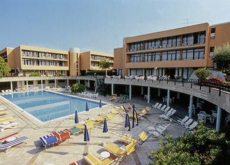 Hotel Residence Holiday günstig bei weg.de buchen - Bild von DERTOUR