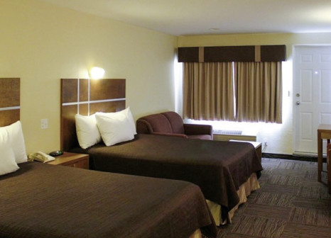 Hotelzimmer mit Pool im Clearwater Lodge