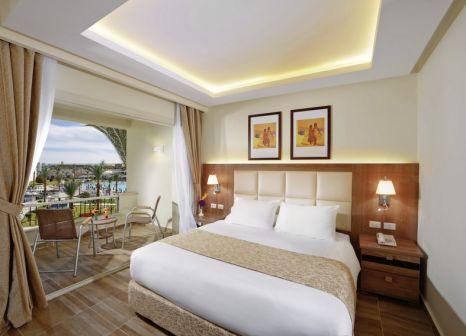 Hotelzimmer mit Mountainbike im Dana Beach Resort