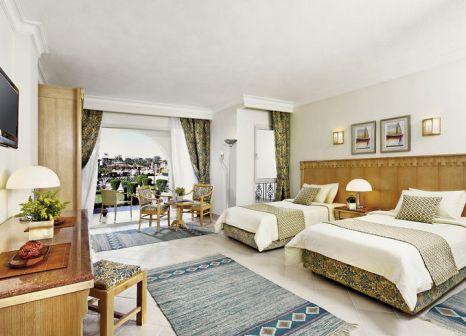 Hotelzimmer mit Volleyball im Dana Beach Resort