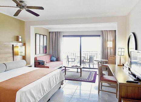 Hotelzimmer mit Tischtennis im Royalton Cayo Santa María