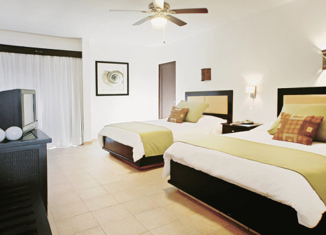 Hotelzimmer mit Volleyball im Coral Costa Caribe Resort & Spa