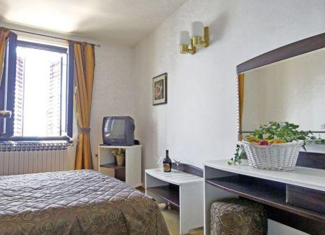 Hotelzimmer mit Minigolf im Hotel Kaštel