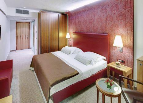 Hotelzimmer mit Mountainbike im Melia Coral