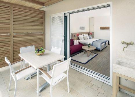 Hotelzimmer mit Mountainbike im Valamar Collection Isabella Island Resort