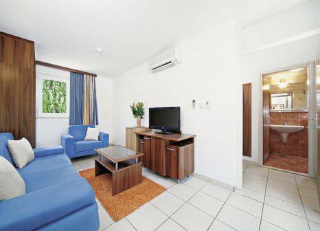 Hotelzimmer mit Volleyball im Bluesun Hotel Borak