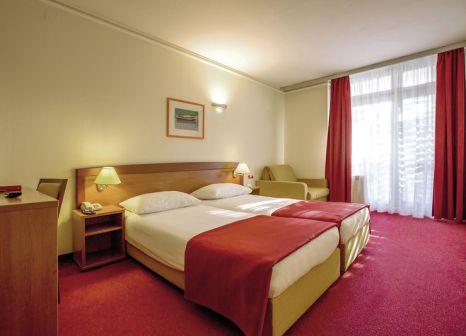 Hotelzimmer mit Golf im Hotel Niko