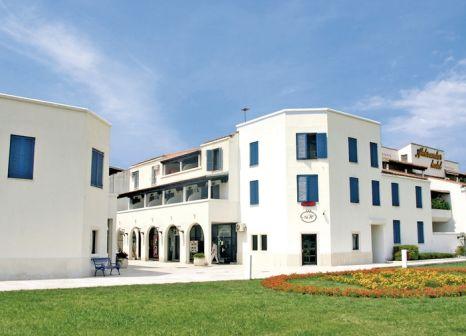 Hotel Aleksandar in Montenegro - Bild von DERTOUR