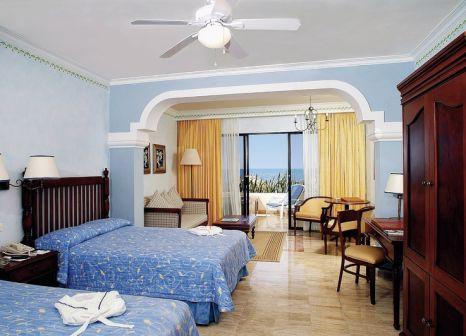 Hotelzimmer mit Volleyball im Now Sapphire Riviera Cancun