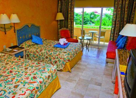 Hotelzimmer mit Volleyball im Iberostar Paraíso del Mar