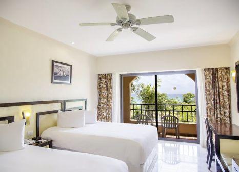 Hotelzimmer mit Mountainbike im Sandos Playacar