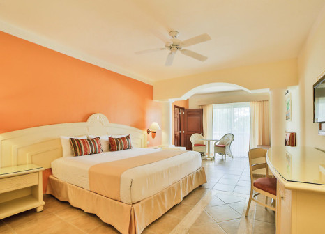 Hotelzimmer mit Volleyball im Bahia Principe Grand Coba