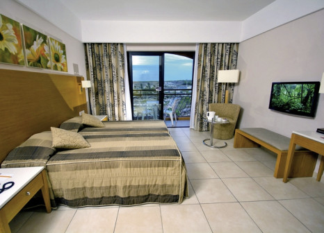 Hotelzimmer im Ramla Bay Resort günstig bei weg.de