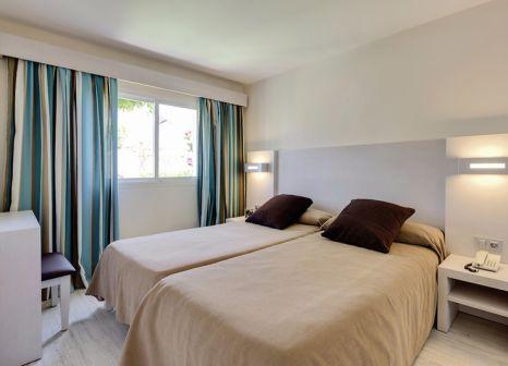 Hotelzimmer mit Mountainbike im Alcudia Garden Aparthotel