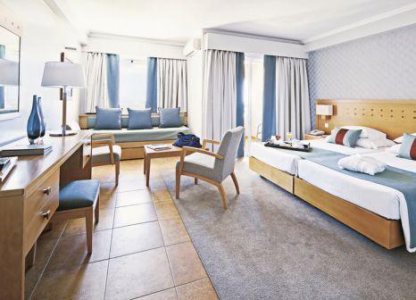 Hotelzimmer mit Mountainbike im Eurotel Altura Hotel & Beach