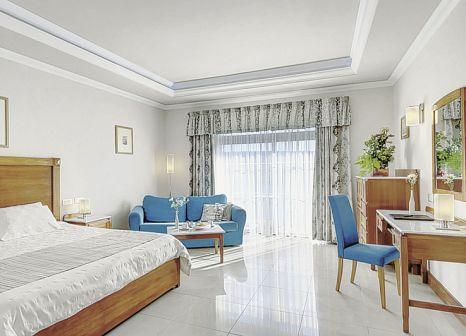Hotelzimmer mit Volleyball im Paradise Bay Resort Hotel