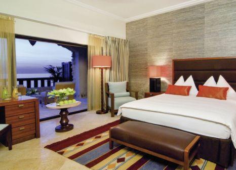 Hotelzimmer mit Tennis im Mövenpick Resort & Spa Dead Sea