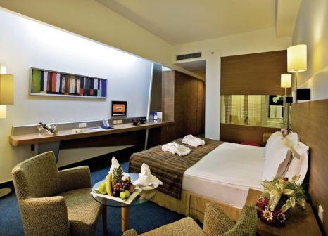 Hotelzimmer mit Volleyball im Concorde de Luxe Resort