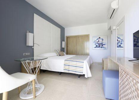 Hotelzimmer mit Tischtennis im Sandos El Greco Beach Hotel