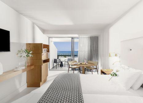 Hotelzimmer mit Volleyball im Aquila Porto Rethymno