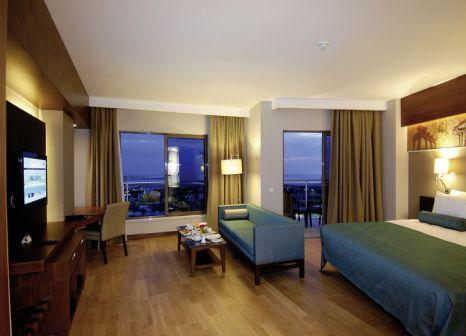 Hotelzimmer mit Volleyball im Commodore Elite Suites & Spa