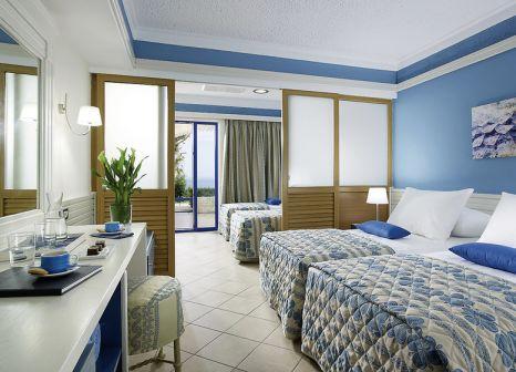 Hotelzimmer mit Minigolf im Amilia Mare Beach Resort