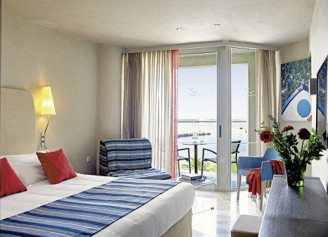 Hotelzimmer mit Fitness im Kyma Suites Beach Hotel