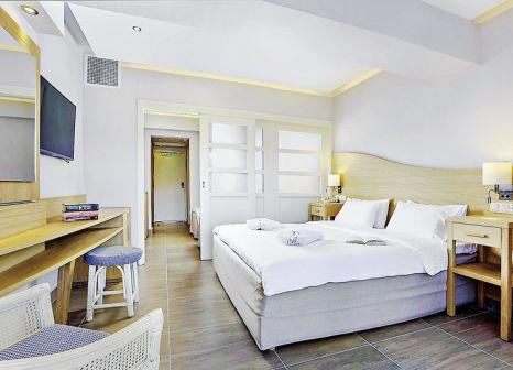 Hotelzimmer mit Volleyball im Lyttos Beach