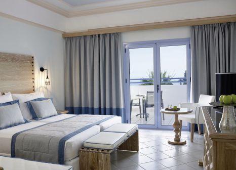 Hotelzimmer mit Yoga im Mitsis Rodos Village Beach Hotel & Spa