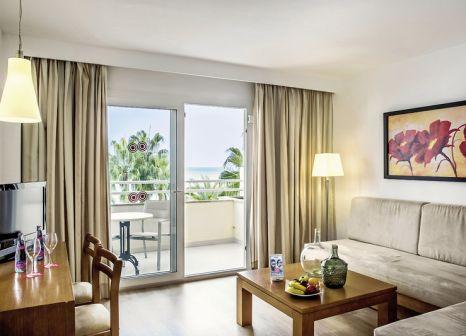 Hotelzimmer mit Tischtennis im Aparthotel Cap de Mar