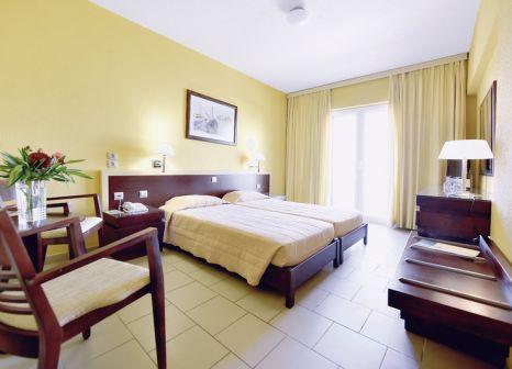 Hotelzimmer mit Mountainbike im Arion