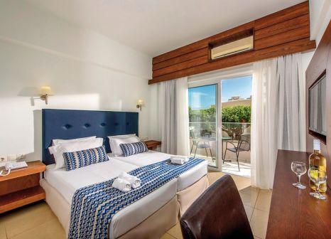 Hotelzimmer mit Tischtennis im Katrin Hotel & Bungalows