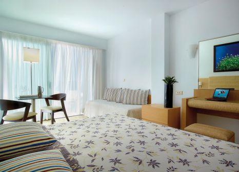 Hotelzimmer mit Mountainbike im Albatros Spa & Resort Hotel