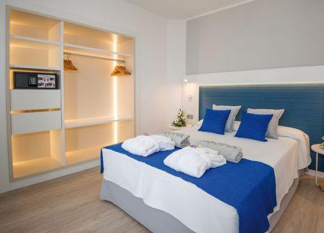 Hotelzimmer mit Volleyball im HOVIMA Costa Adeje