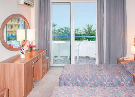 Hotelzimmer mit Volleyball im Elysee Beach Hotel
