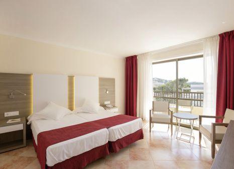 Hotelzimmer mit Volleyball im Bella Playa Hotel & Spa