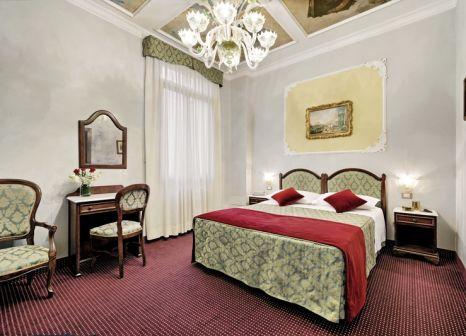 Hotelzimmer mit Restaurant im Pausania