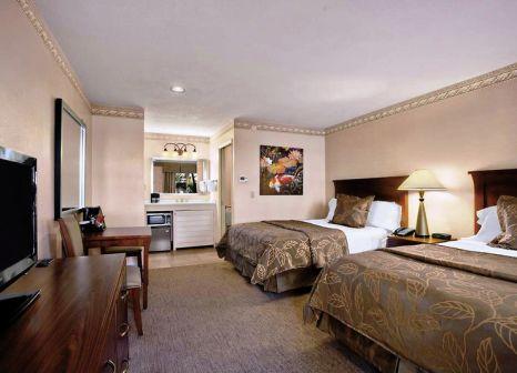 Hotelzimmer im Days Inn San Diego Hotel Circle Near SeaWorld günstig bei weg.de