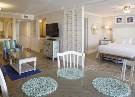 Hotelzimmer mit Mountainbike im Sundial Beach Resort & Spa