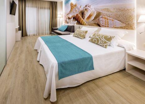 Hotelzimmer mit Tischtennis im Sumus Hotel Stella & Spa