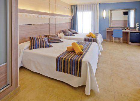Hotelzimmer mit Tischtennis im Hotel Alhambra