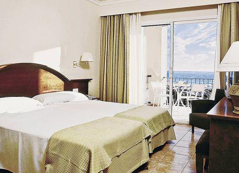 Hotelzimmer mit Mountainbike im Valentín Sancti Petri Spa