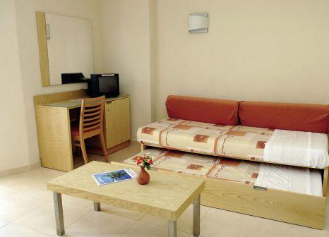 Hotelzimmer mit Volleyball im TRS Ibiza Hotel